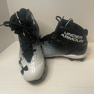 Under Armour hi-top cleats size 6
